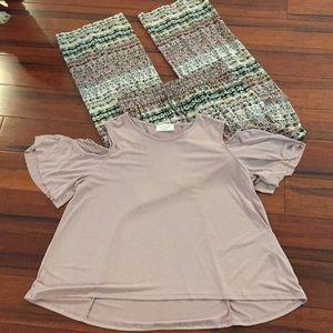 Cold shoulder shirt / pallazzo pants